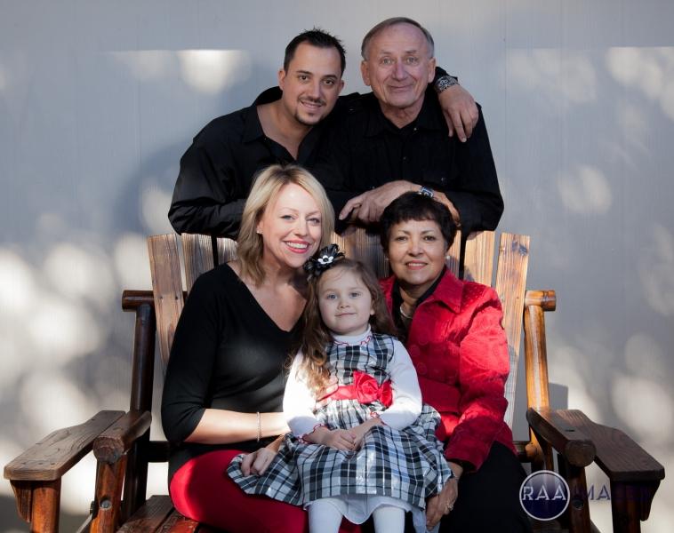 Erich Braun Family Portraits-15.jpg