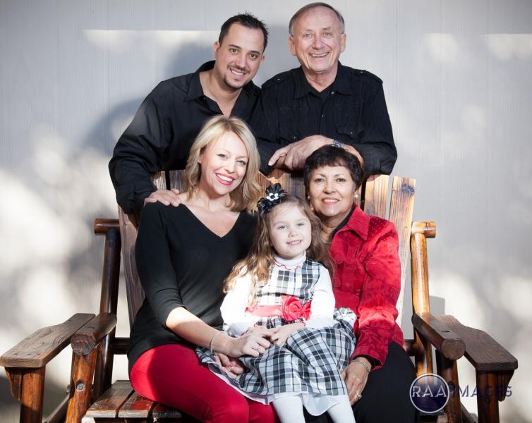 Erich Braun Family Portraits-20.jpg